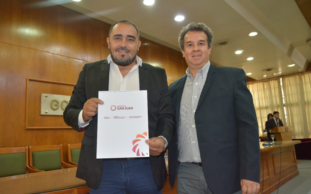 FUDEFOMI recibió oficialmente del gobierno de San Juan la personería jurídica